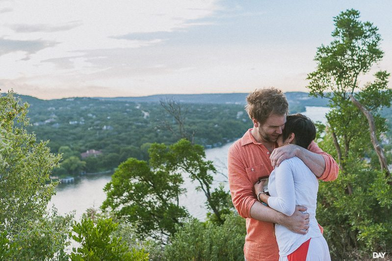Mount Bonnell Proposal Photographer