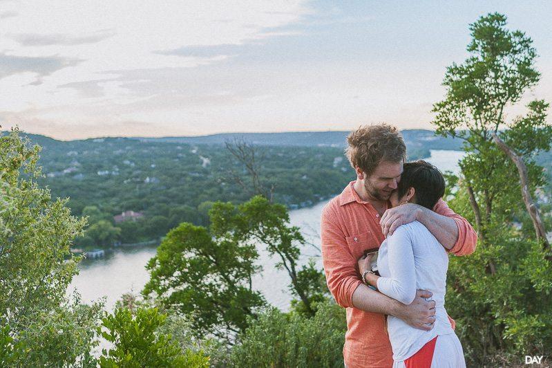 Mount Bonnell Proposal Photographer