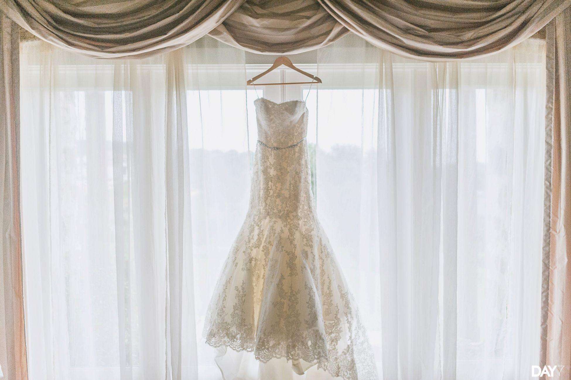 bridal suite at vintage villas