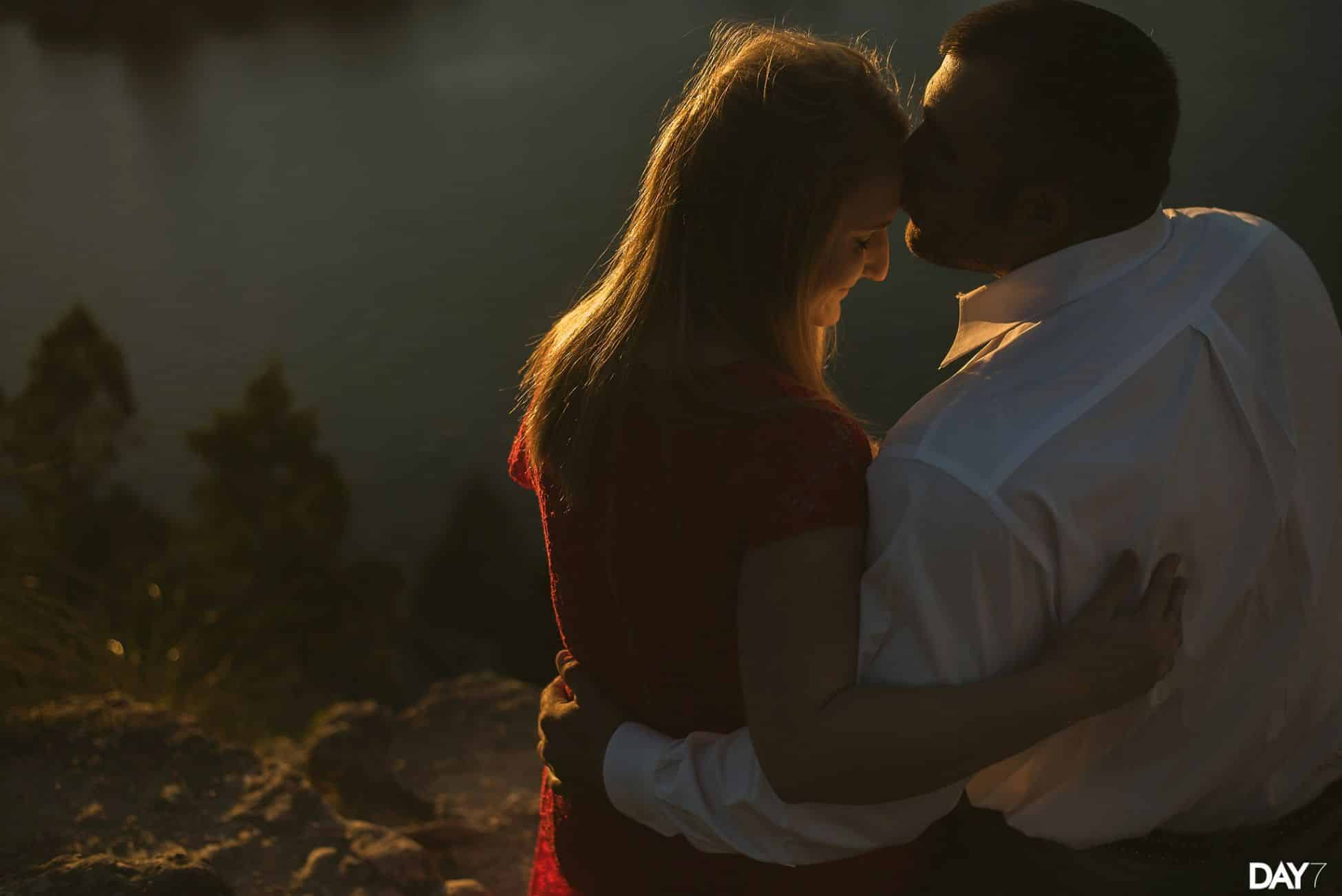 Mount Bonnell Engagement Photography