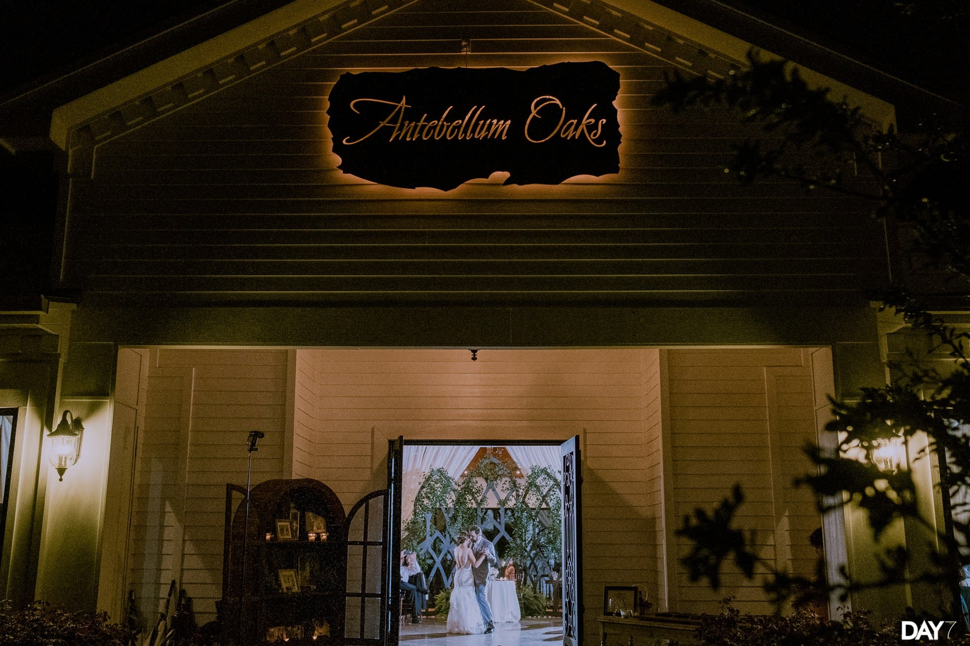 Antebellum Oaks Wedding_0030
