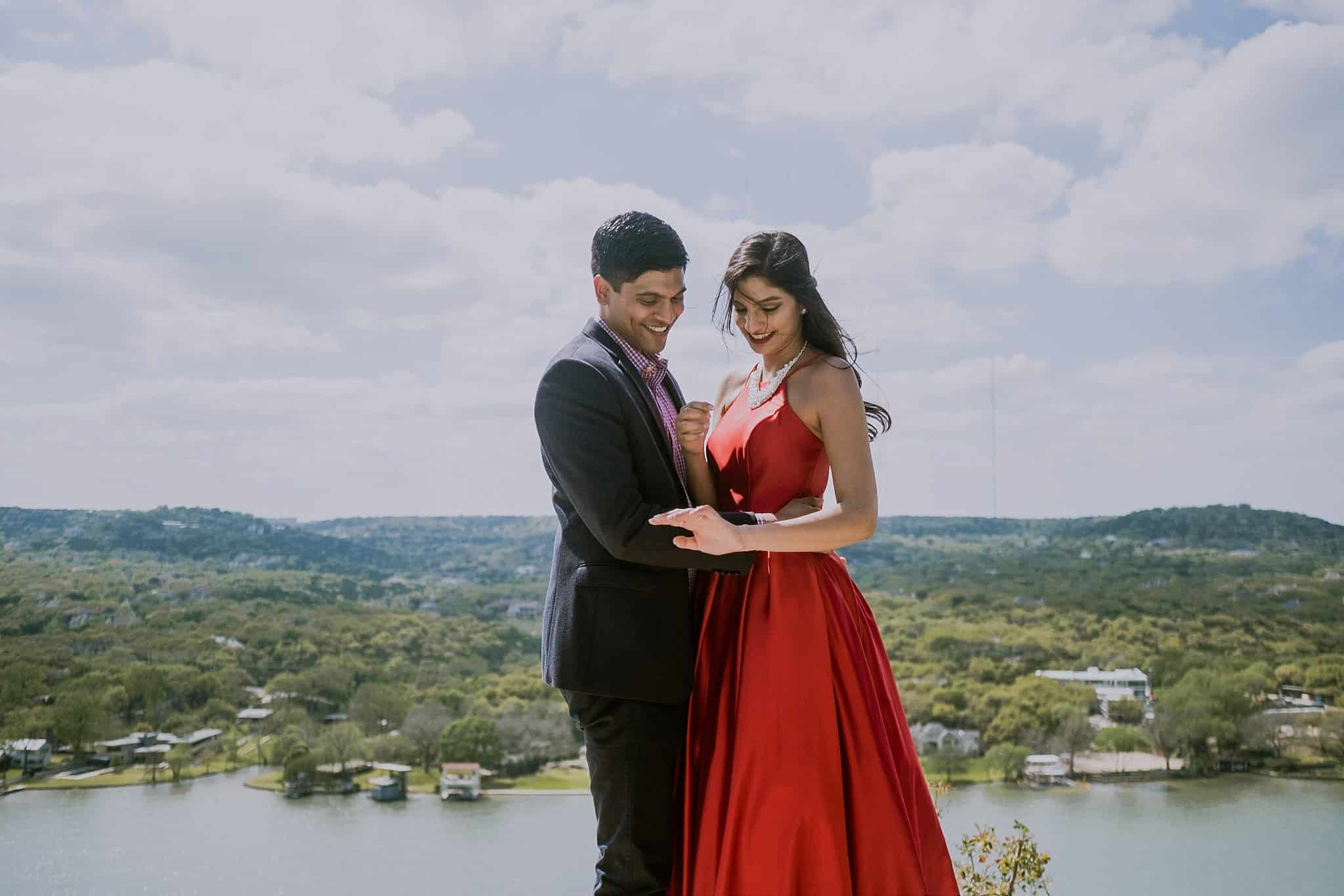 Mt Bonnell Proposal Photographer